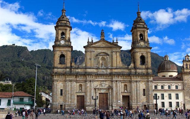 Alone in Bogotá